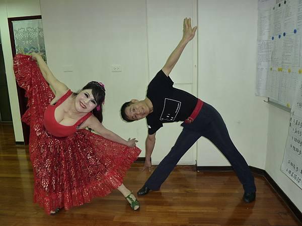 D129-趣味舞姿