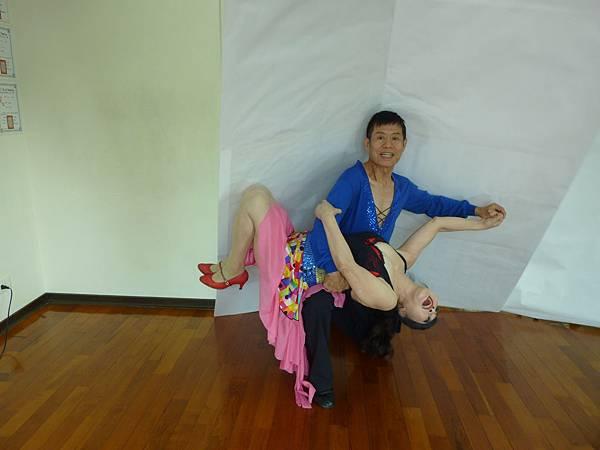 D136-趣味舞姿