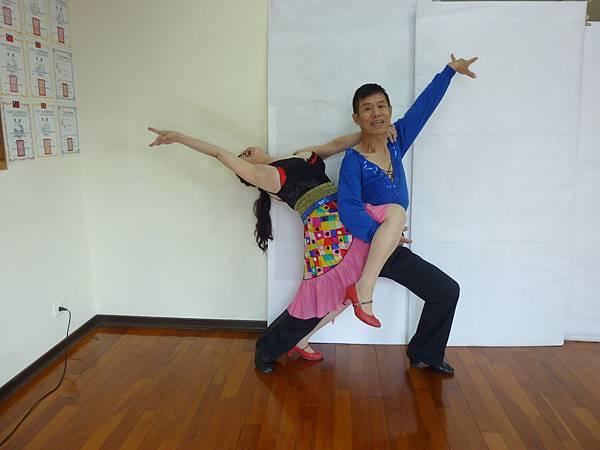 D141-趣味舞姿