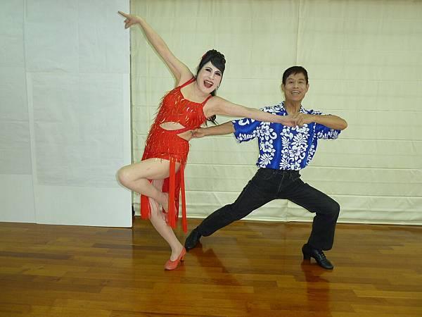 D143-趣味舞姿
