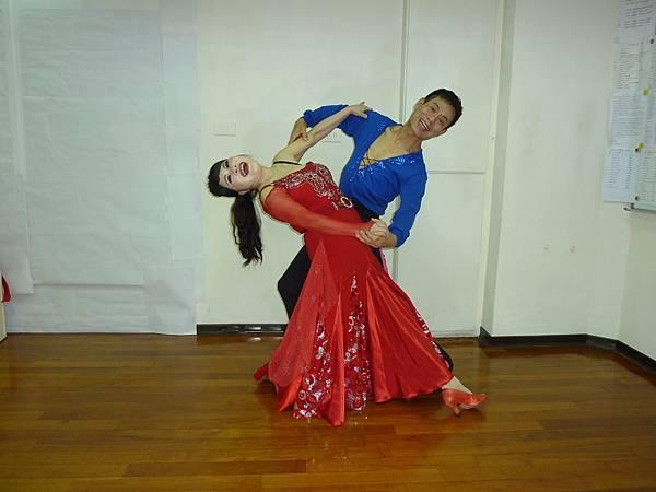 D148-趣味舞姿