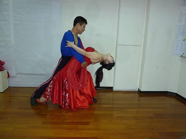 D154-趣味舞姿
