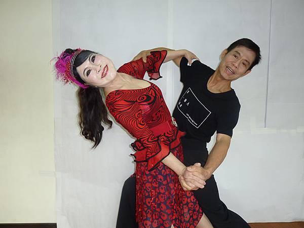 D155-趣味舞姿