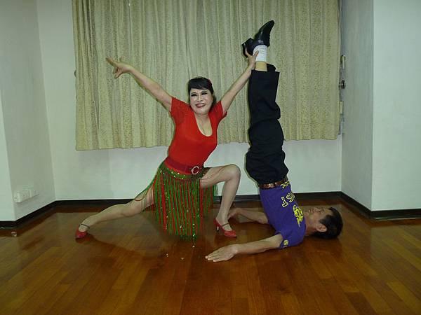 D168-趣味舞姿
