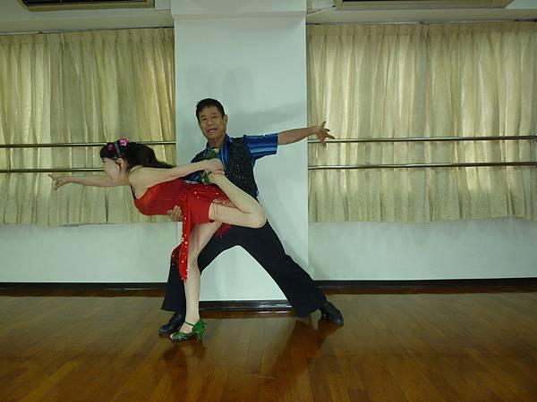 D170-趣味舞姿