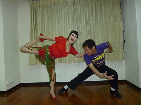 D171-趣味舞姿