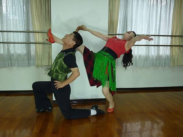 D174-趣味舞姿