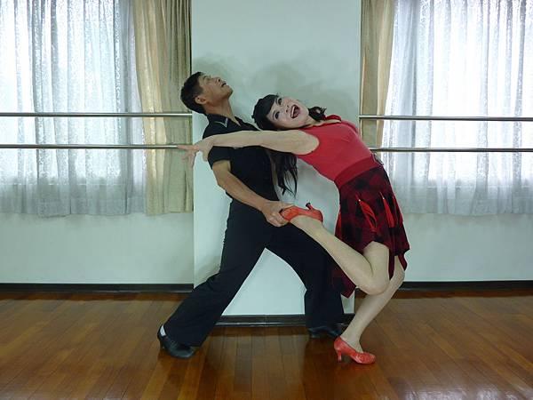D175-趣味舞姿