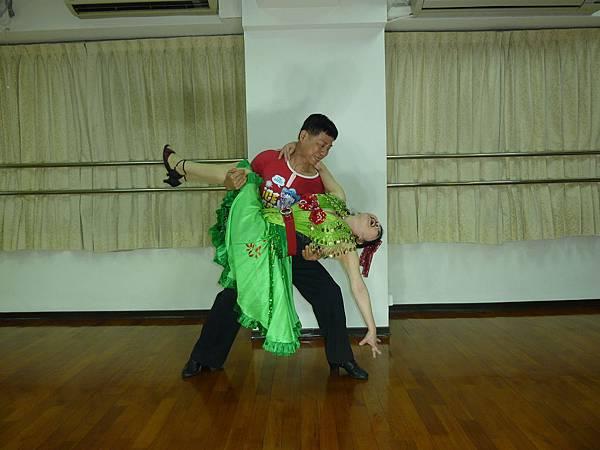 D179-趣味舞姿