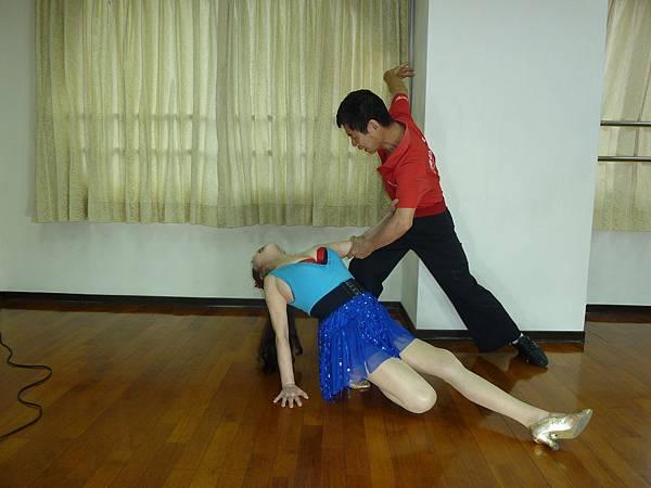 D181-趣味舞姿