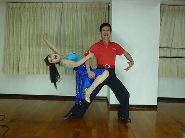 D182-趣味舞姿