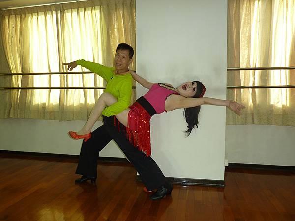 D186-趣味舞姿