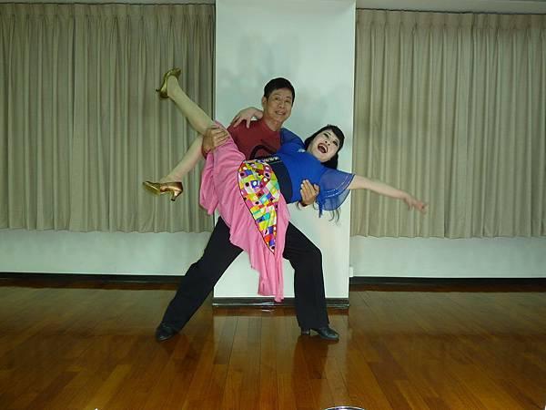 D189-趣味舞姿