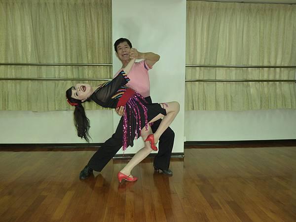 D190-趣味舞姿