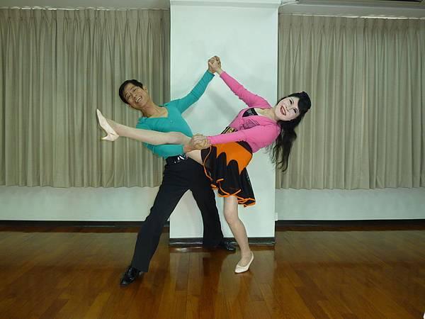 D199-趣味舞姿