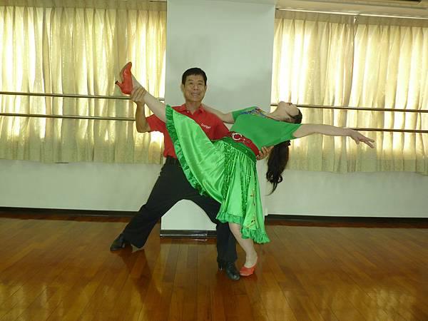 D205-趣味舞姿
