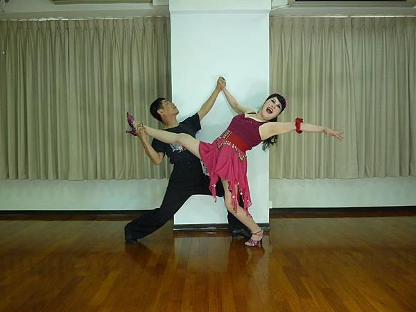 D210-趣味舞姿