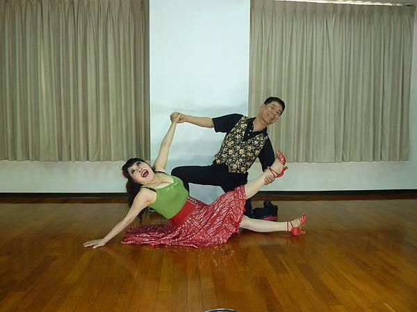 D212-趣味舞姿
