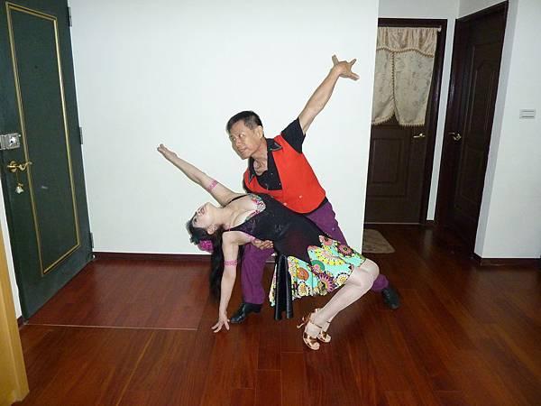 D214-趣味舞姿