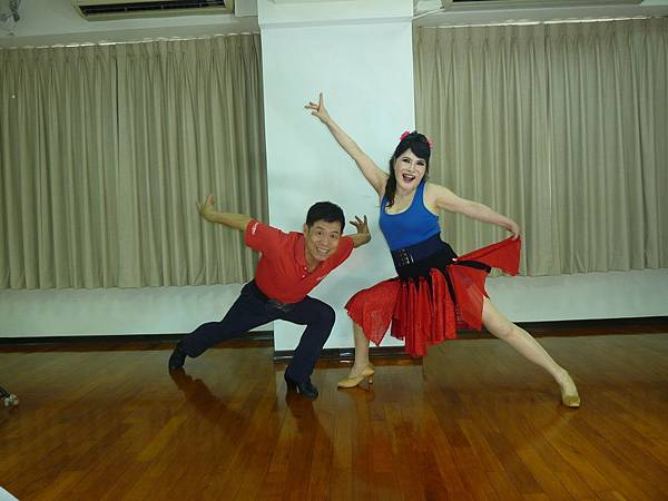 D216-趣味舞姿