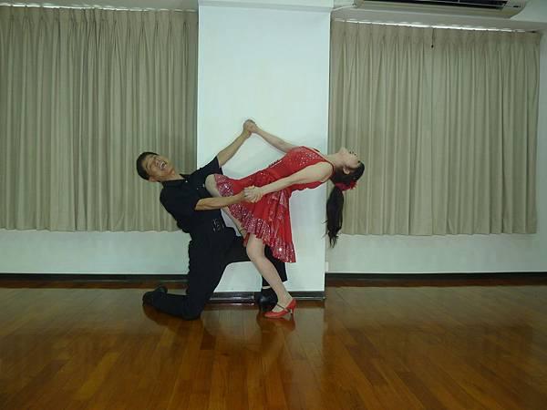 D219-趣味舞姿