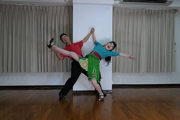 D227-趣味舞姿