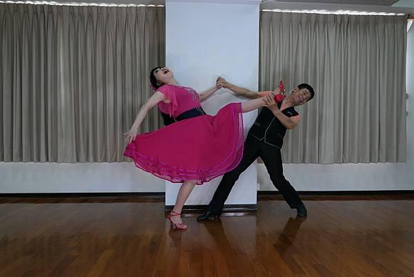 D229-趣味舞姿