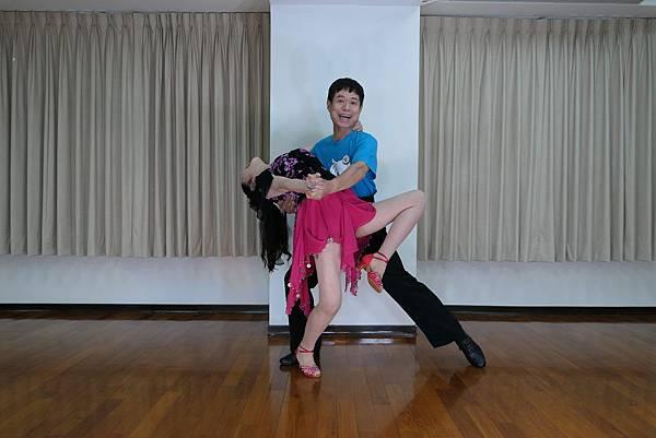 D231-趣味舞姿