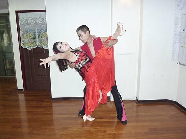 D236-趣味舞姿