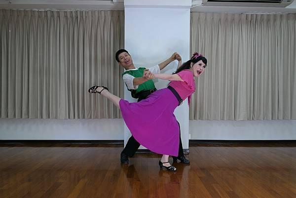 D253-趣味舞姿