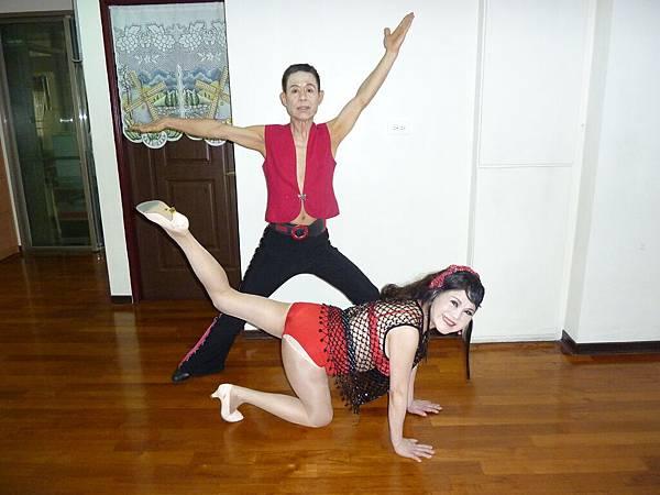 D254-趣味舞姿