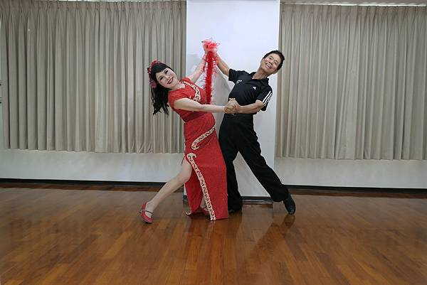 D262-趣味舞姿