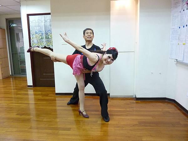 D266-趣味舞姿