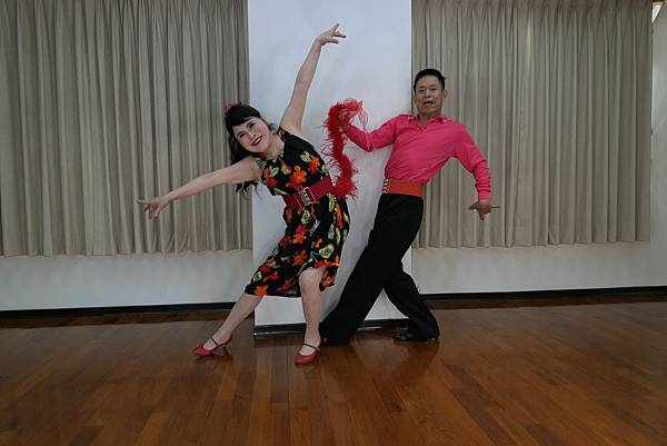 D268-趣味舞姿