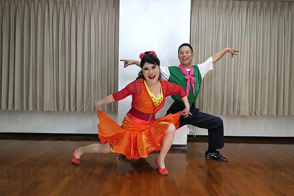 D271-趣味舞姿