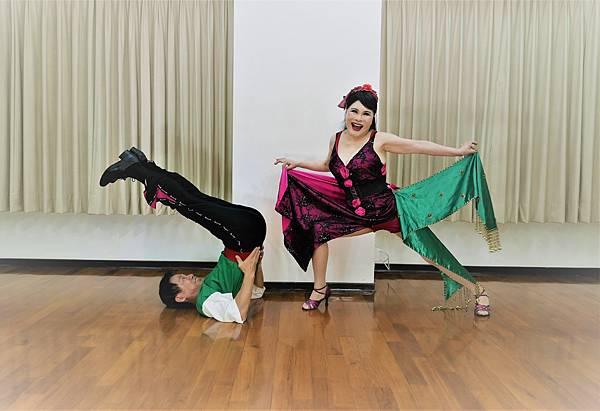 D285-趣味舞姿