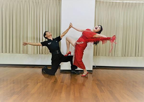 D292-趣味舞姿