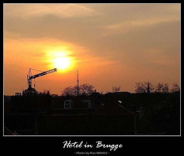 房間窗口看到的朝陽