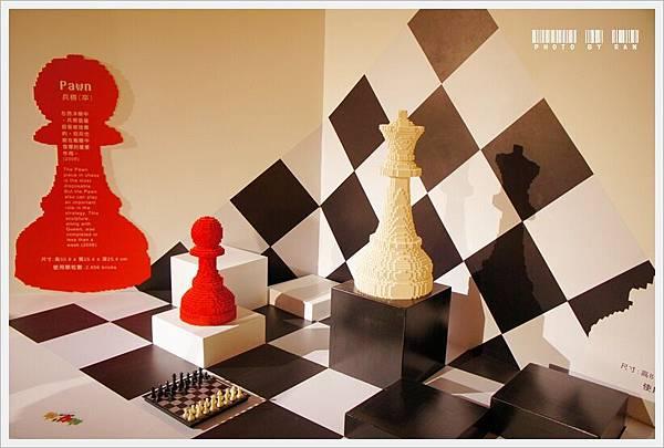 西洋棋就要做整組才是啊!