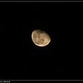 用12倍拍個月亮