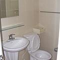 衛浴2.JPG