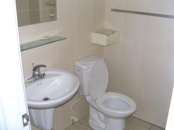 衛浴7.JPG