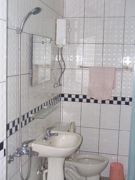 衛浴設備(電熱水器)