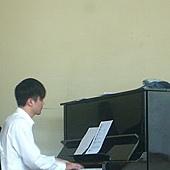 鋼琴王子吳昆翰.jpg