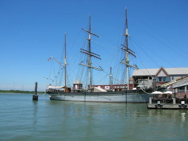 這個暑假和Paul跟他哥去Galveston照的