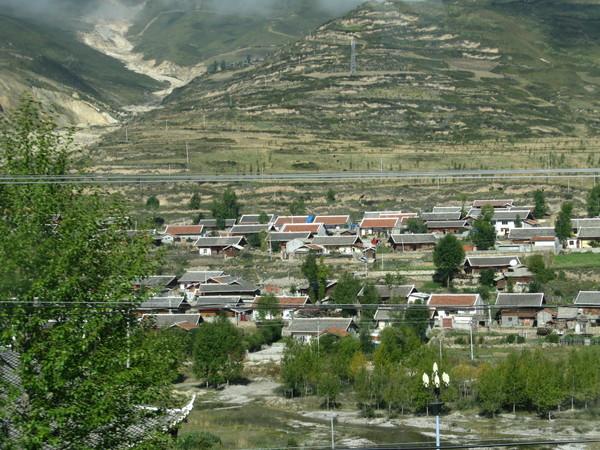 許多藏族的房子