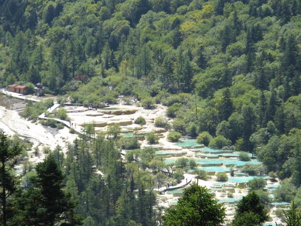 五彩池從高處看
