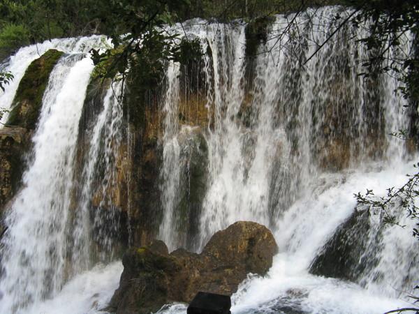 水勢最小 但聲音最大的瀑布