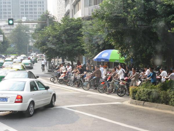 街頭也有很多腳踏車