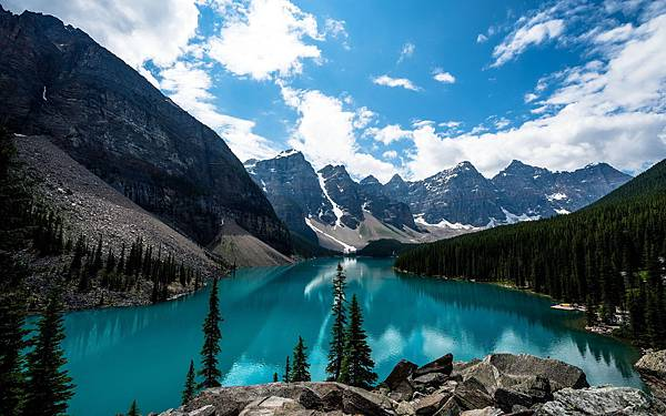 Beautiful-scenery-wallpapers-of-Canada-Banff-National-Park-1920x1200-06.jpg